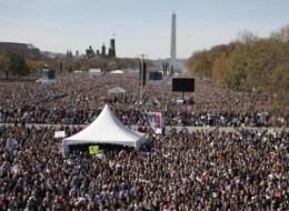 s-RALLY-TO-RESTORE-SANITY-ATTENDANCE-large